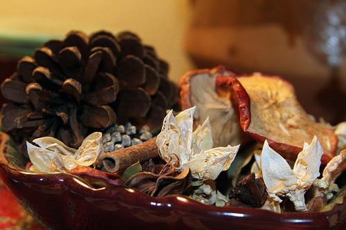 Сушеные лепестки для ароматизатора