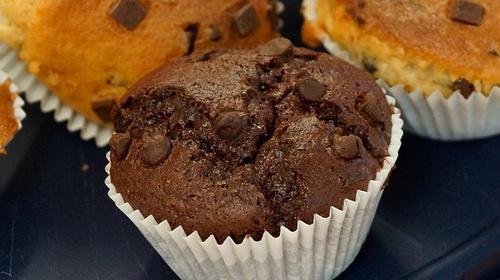 Шоколадные кексы в мультиварке