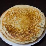 Блинчики на кефире: рецепт (тонкие, с дырочками, с кипятком)