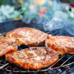 как замочить шашлык из свинины чтобы был сочным и мягким