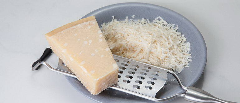 сыр на терке для теста пиццы