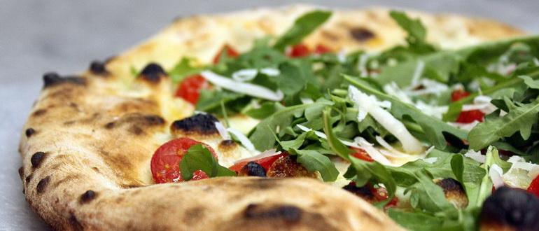 На коньяке и сливочном масле пицца